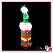 Rivestimento colorato Babbo Natale per bottiglia di vino all'uncinetto