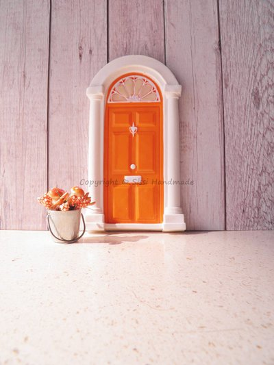 Porta in miniatura per fate, elfi e folletti / decorazione da parete / idee regalo originali, con rosone fluorescente (accessori non inclusi)