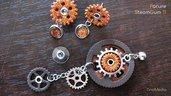 PARURE STEAMGUM 11 - ciondolo + orecchini - acciaio, argento, arancio glitter e marrone scuro