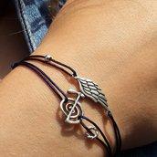 Bracciale di corda con pendente charm in argento Ala d'angelo, fatto a mano