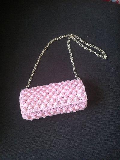 Pochette elegante rosa antico fatta a mano, pochette rosa nude all' uncinetto, regalo per lei, compleanno anniversario