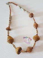 collana di perle in carta