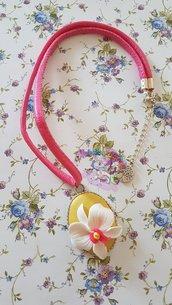 collana con orchidea in fimo