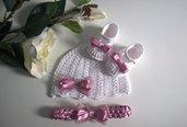 Set coordinato cappellino scarpine fascetta neonata uncinetto cotone bianco / raso rosa antico