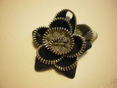 Black and Golden zipper flower brooch