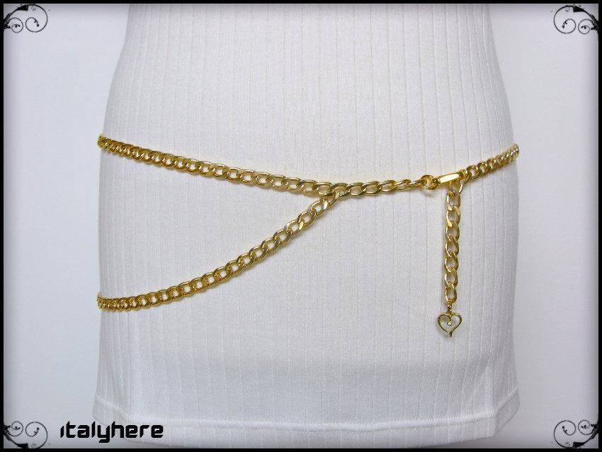 Cintura a catena oro con ciondolo cuore, si può indossare sia sui fianchi che in vita, taglia M - 85 cm.