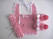 Set coordinato bavaglino fascetta scarpine neonata uncinetto battesimo nascita cerimonia cotone rosa
