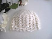 Cappellino neonata neonato uncinetto lana merino color panna fatto a mano idea regalo corredino nascita battesimo cerimonia handmade crochet