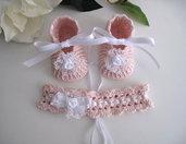 Scarpine fascetta neonata bimba uncinetto battesimo nascita cerimonia rosa cipria bianco fatto a mano