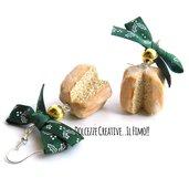 Natale in Dolcezze - Pandoro -  dolci di natale - con fiocchi stampe agrifoglio e perle . miniature - kawaii handmade