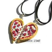 Collana Doppia - Coppia - Con mezzo cuore a forma di pizza margherita con salame- miniature kawaii handmade