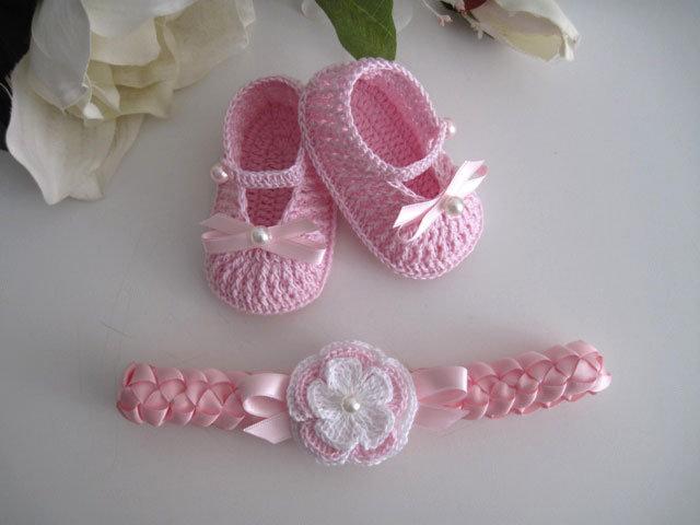 Set scarpine fascetta neonata uncinetto raso rosa fiore fatto a mano idea  regalo nascita battesimo cerimonia 1a1c90a5c13