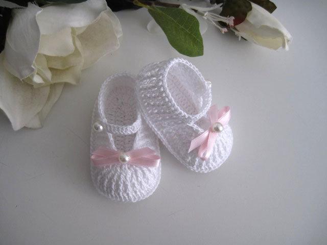 Scarpine neonata uncinetto bianche fiocco rosa fatte a mano cerimonia nascita battesimo idea regalo cotone handmade uncinetto
