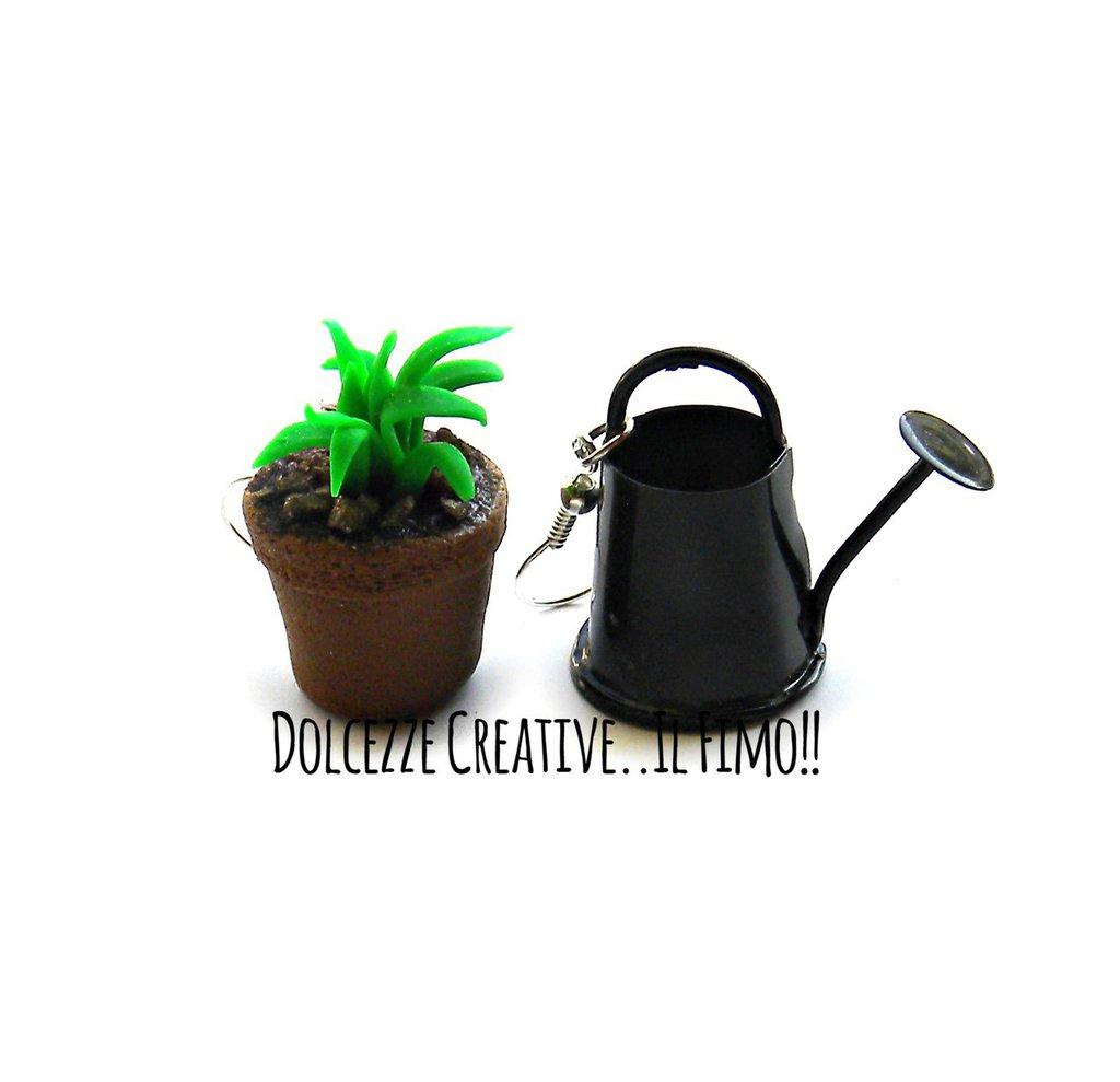 Orecchini Giardinaggio - pollice verde con pianta in vaso e annaffiatoio - handmade in fimo