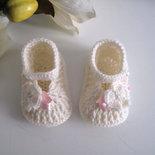Scarpine scarpette neonata color panna / fiocco rosa fatte a mano lana idea regalo corredino nascita battesimo cerimonia handmade uncinetto crochet