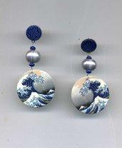 ORECCHINI pendenti in madreperla con grande onda giapponese