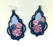 ORECCHINI pendenti in feltro blu notte con mazzolino di fiori