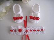 Set coordinato neonata scarpe scarpine fascia fascetta per capelli di colore bianco / rosso fatto a mano idea regalo nascita cerimonia battesimo cotone raso handmade crochet uncinetto