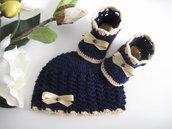 Set coordinato blu notte/fiocco beige cappellino scarpine stivaletti neonato unisex fatto a mano idea regalo corredino nascita handmade lana uncinetto