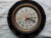Piatto trasformato in orologio vintage