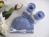 Set coordinato azzurro cappellino + scarpine neonato fatto a mano lana idea regalo corredino nascita cerimonia battesimo uncinetto