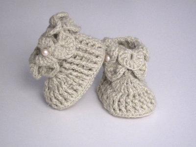 ... Completino coordinato golfino cappellino scarpine neonato fatto a mano  idea regalo battesimo cerimonia corredino nascita uncinetto 5d262d286a48