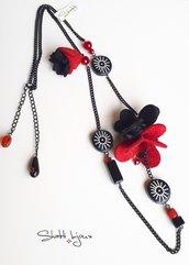 collana con fiori di lana cotta  - Alchimia