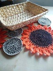 Centrino uncinetto fiori materiali riciclati centrotavola arredo cucina girasoli