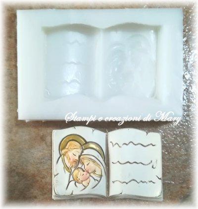 Stampo libro vangelo Sacra Famiglia in gomma siliconica da colata