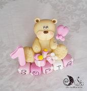Cake topper orsetto con palloncino primo compleanno su cubi nome 5 cubi SOFIA