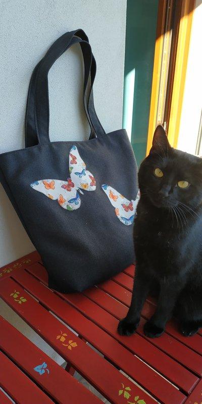 shopper bag invernale con farfalle