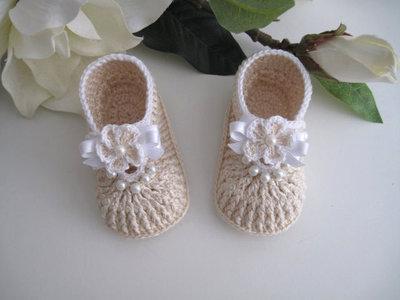 ... Coordinato ecrù scarpine+cappellino neonata battesimo cerimonia nascita  uncinetto ... 3a6cd7af687d