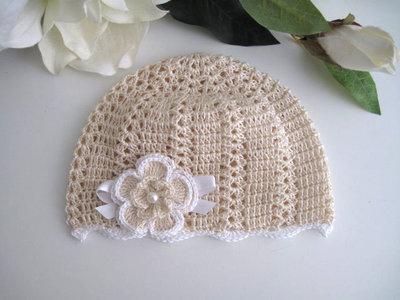 ... Coordinato ecrù scarpine+cappellino neonata battesimo cerimonia nascita  uncinetto f5e5b2fbc804