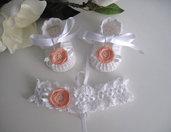 Set scarpine+fascetta bianco/fiore pesca neonata uncinetto