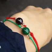 Bracciale di corda con gemma in malachite per il 4. chakra Anahata, fatto a mano