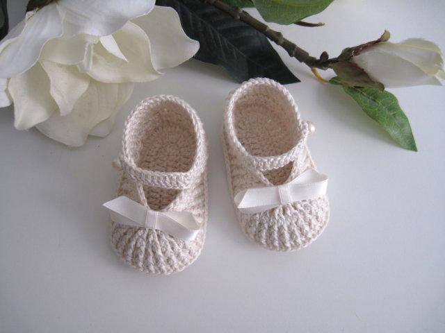 e9def7be73e Scarpine neonata neonato uncinetto battesimo nascita cerimonia cotone color  crema baby shoes crochet handmade