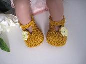 Scarpine color senape neonata uncinetto