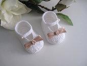 Scarpine neonata bianco/beige fatte a mano idea regalo nascita battesimo cerimonia uncinetto