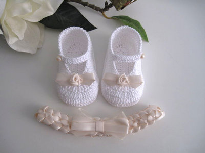 Set bianco/crema neonata uncinetto