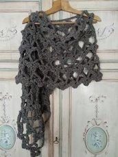 Poncho scialle uncinetto lana grossa coprispalle ragazza maxi sciarpa color tortora