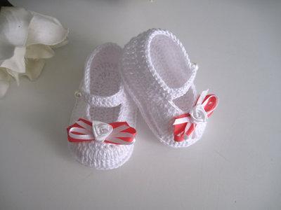 Scarpine bianco/corallo neonata cerimonia battesimo nascita cotone uncinetto