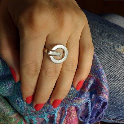 Anello in argento a forma di interruttore on-off, fatto a mano, regolabile
