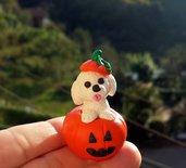 Decorazione per Halloween cane bolognese nella zucca, miniatura bolognese per regalo per amante dei cani