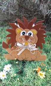 Animali portapenne in feltro - il leone