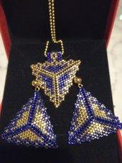 Orecchini perline blu e oro