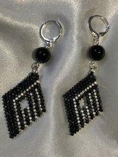 Orecchini nero e argento