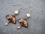 Orecchini con perle di fiume e agata, orecchini con pendenti in legno a ventaglio