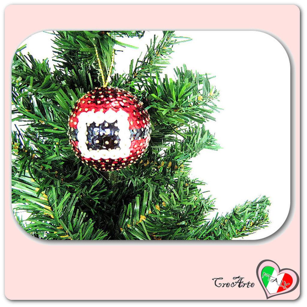 Pallina rossa decorata con paillettes per l'albero di Natale