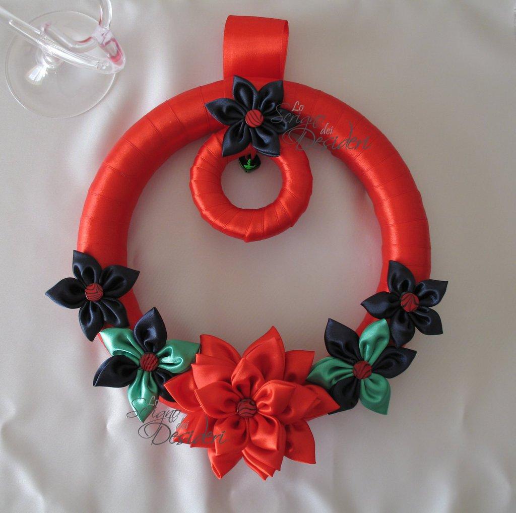 Ghirlanda Fuori Porta di Natale con fiori e campanella
