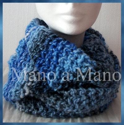 Scaldacollo incrociato - Azzurro bianco e blu